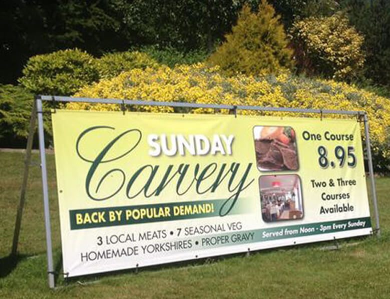outdoor-banner-stand